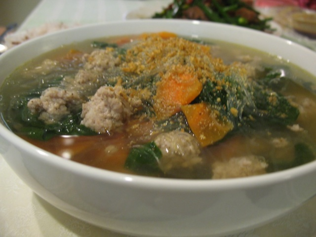 "Tonight's ""bland soup"" with ground pork and ivy gourd leaves"
